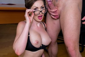 Yasmin Scott Mummy and Secretary Gets Jizz on Her Glasses